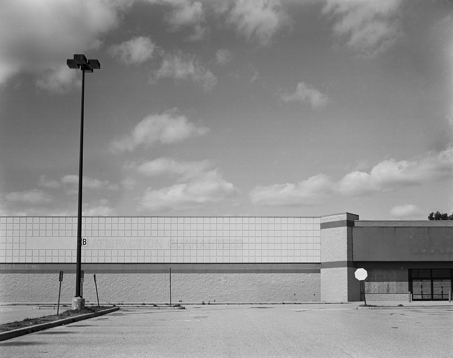 http://www.michaelmeyerphoto.com/files/gimgs/th-14_5_empty-walmart024.jpg
