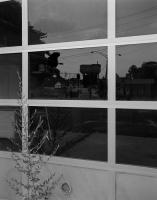 http://www.michaelmeyerphoto.com/files/gimgs/th-14_5_broken-window023.jpg