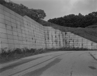 http://www.michaelmeyerphoto.com/files/gimgs/th-14_5_retaining-wall015.jpg